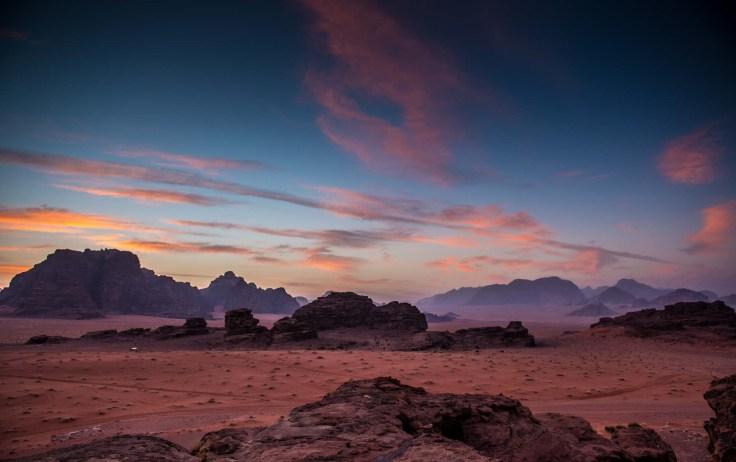 dawn-wadi-rum-jordan